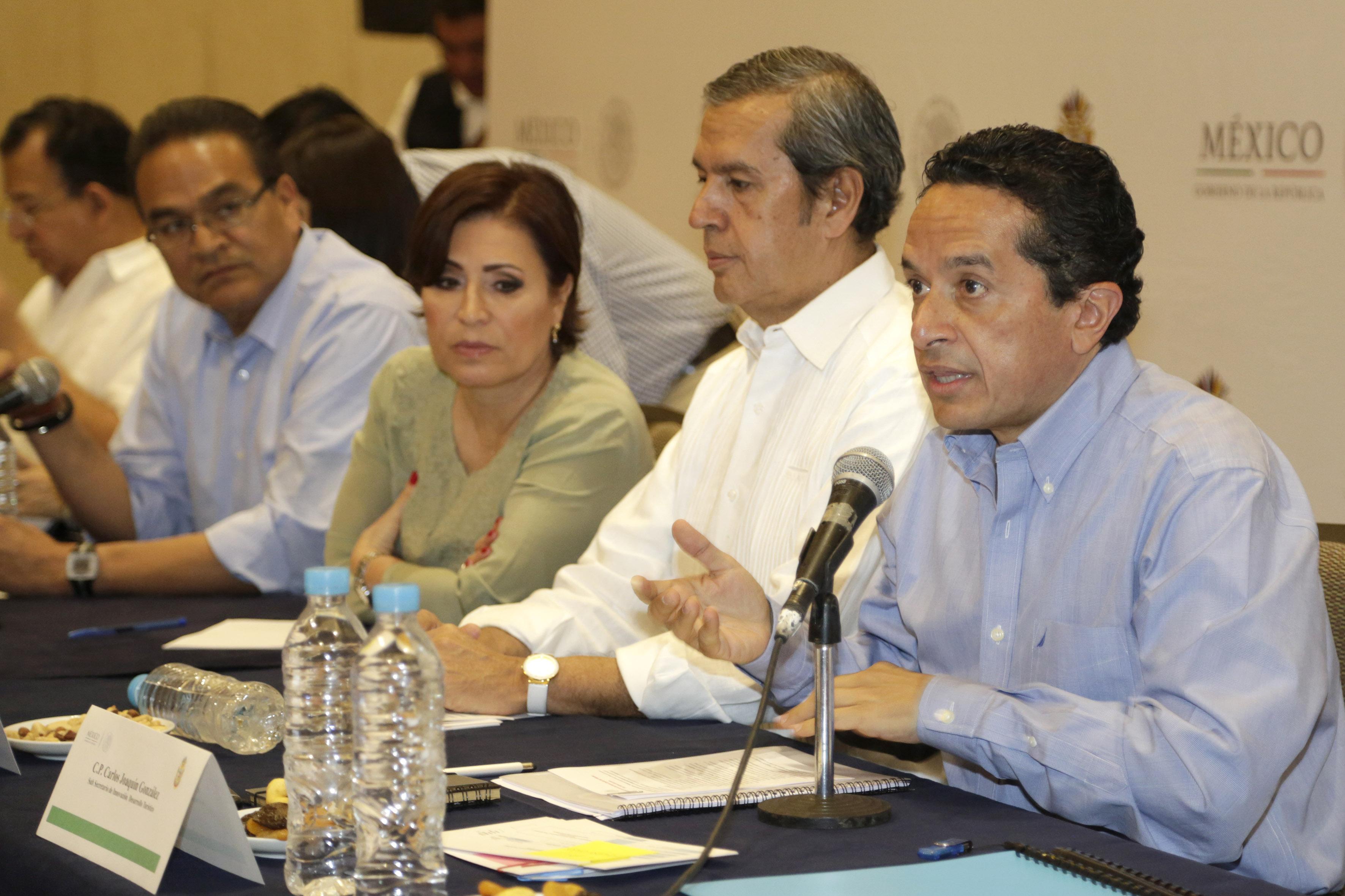 Ponencia sobre el Plan Nuevo Guerrero del Subsecretario de Innovación y Desarrollo Turístico de la SECTUR, Carlos Manuel Joaquín González.