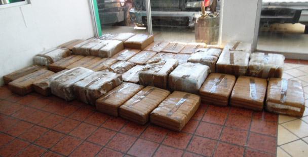 Inicia PGR dos averiguaciones por el aseguramiento de  312 kilos de marihuana.