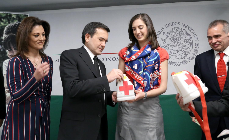 Inicia en la Secretaría de Economía la Colecta Anual de la Cruz Roja 2016