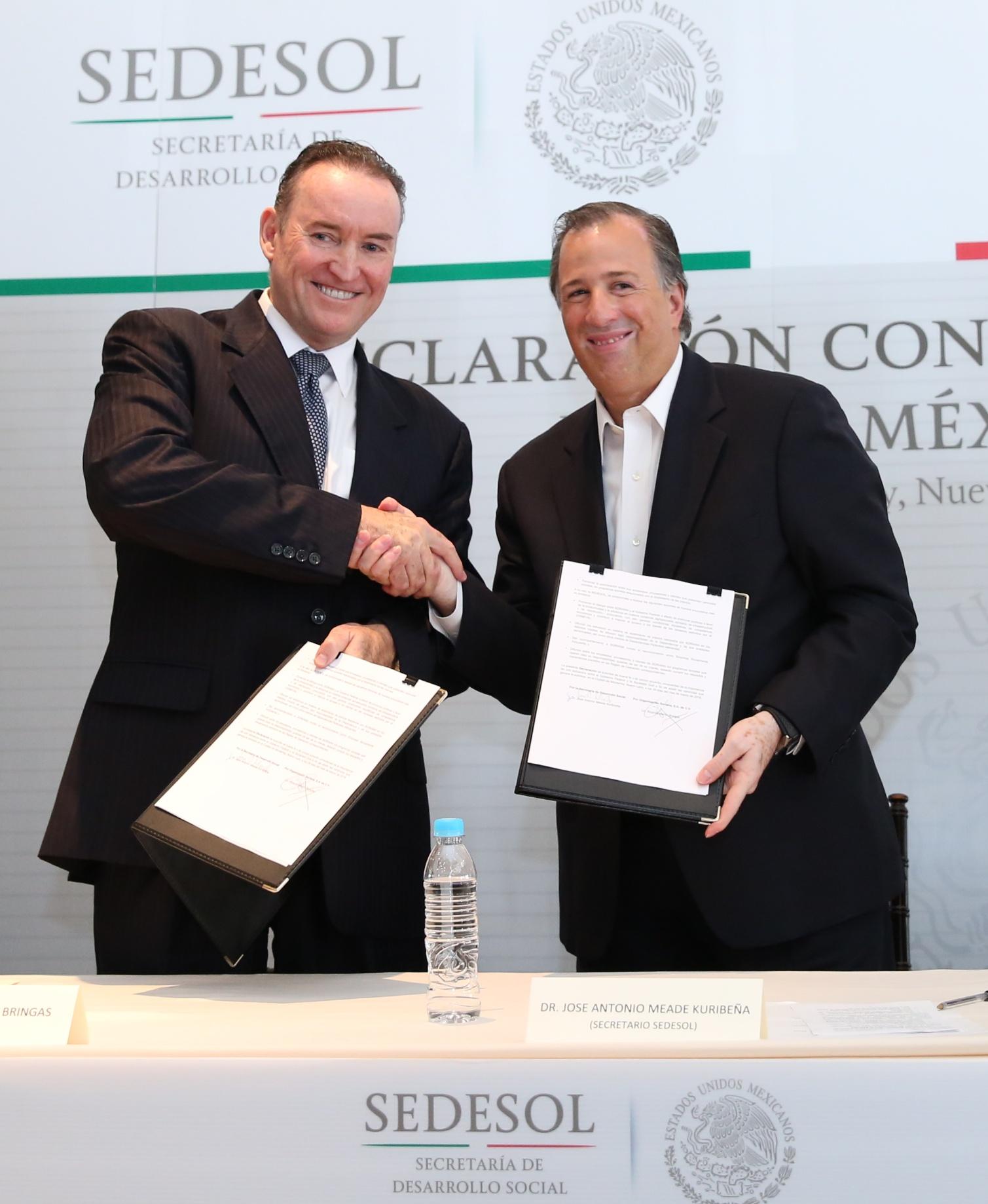 El secretario Meade en la firma de la Declaración Conjunta Soriana-Sedesol por un México Incluyente