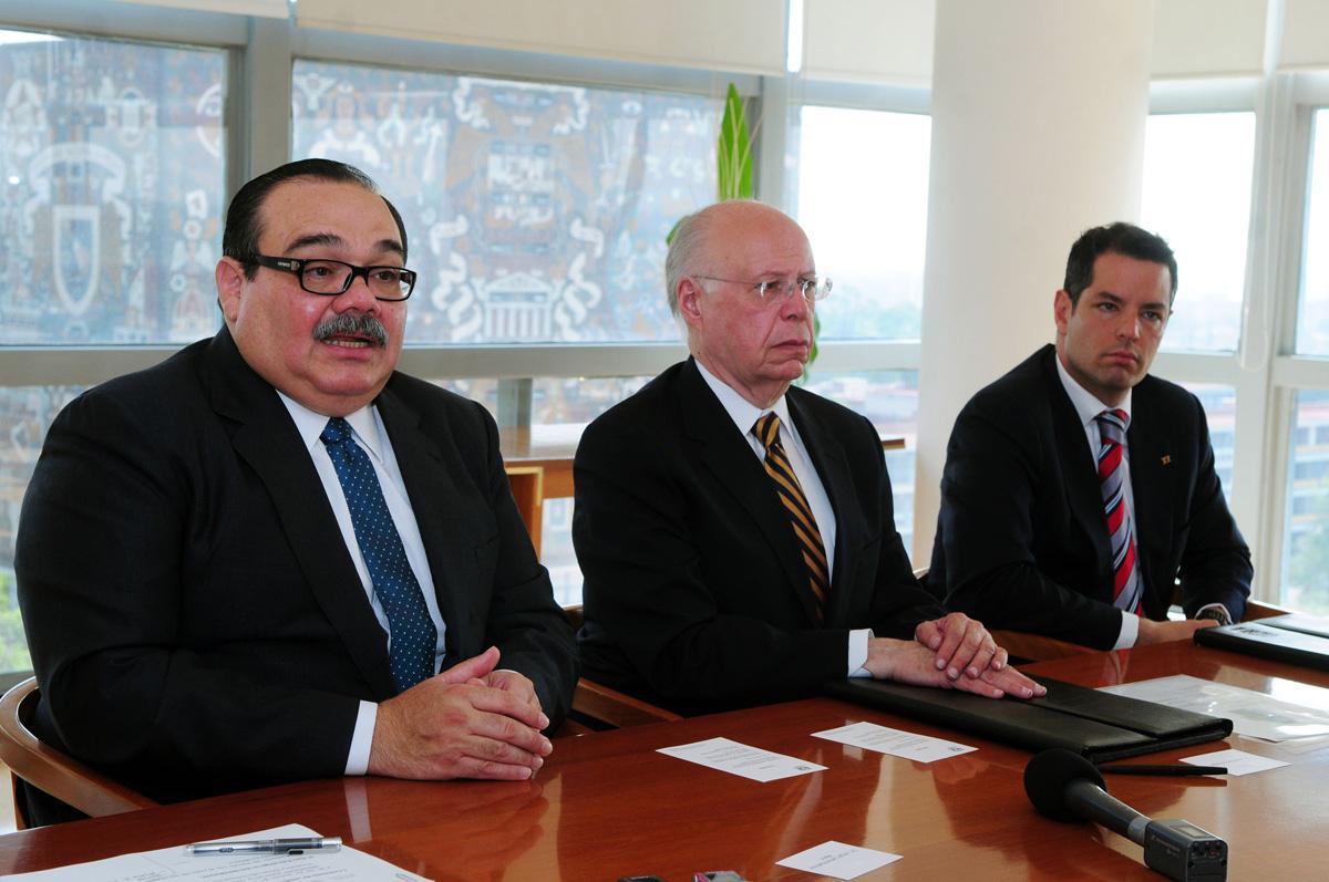 El INFONAVIT y la UNAM firman convenio de colaboración para el funcionamiento del Centro de Investigación de Vivienda y Desarrollo Urbano Sustentable.