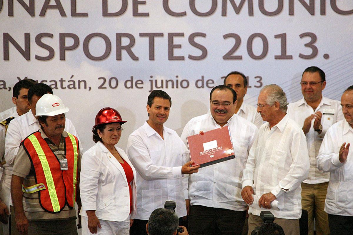 El Presidente Enrique Peña Nieto encabezó la Reunión Nacional de Comunicaciones y Transportes 2013, evento al que asistió el secretario de Desarrollo Agrario, Territorial y Urbano, Jorge Carlos Ramírez Marín.