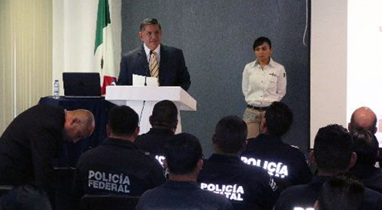 "PGR realiza taller de ""Verificación Física y Documental de Auto Tanques""."