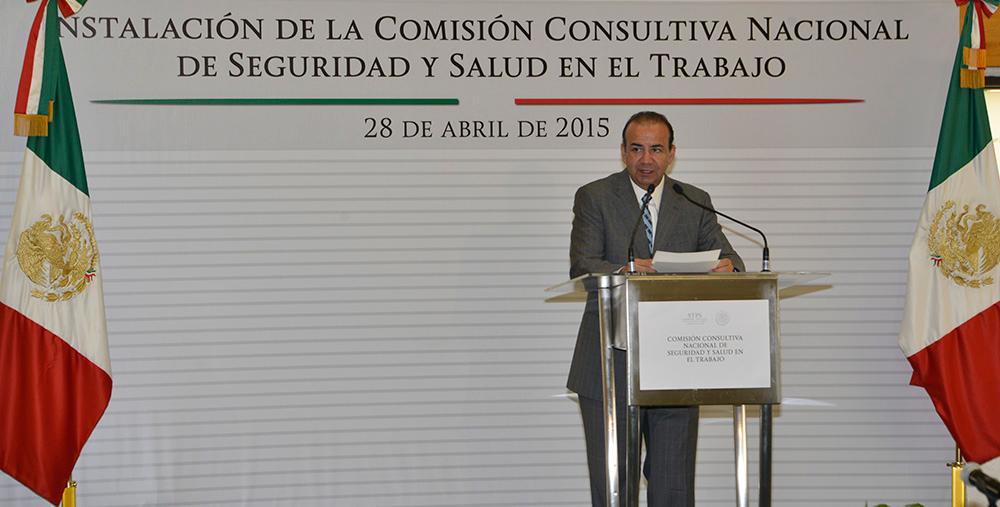 Instala el Secretario Alfonso Navarrete Prida la Comisión Consultiva Nacional de Seguridad y Salud en el Trabajo.