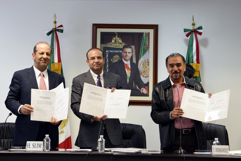 Informa STPS acuerdo de revisión salarial entre el Sindicato de Telefonistas y Teléfonos de México.