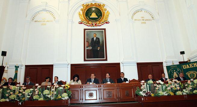 El secretario de Desarrollo Agrario, Territorial y Urbano presentó una ponencia magistral en el Primer Foro Internacional de Vivienda.