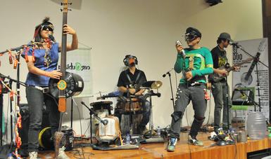 Su presentación se realizó en el Festival Internacional de Música y Arte Informal, Re-Si-Dúo.