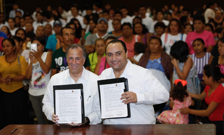 Culmina en Quintana Roo la firma de los acuerdos de coordinación con las 32 entidades del país