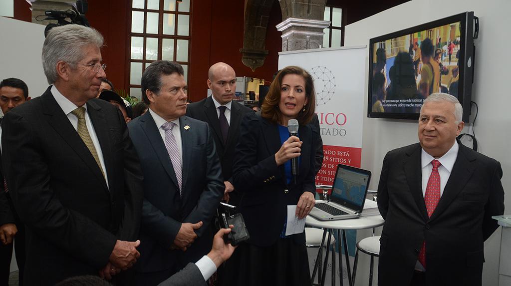 Escuelas, el 64 por ciento de los 250 mil sitios públicos del Programa México Conectado: GRE