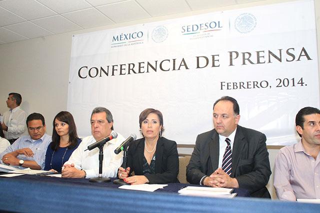 La reconstrucción en Guerrero no se ha detenido un solo minuto y con puntualidad se han ejercido los recursos del Gobierno de la República a favor de las familias afectadas