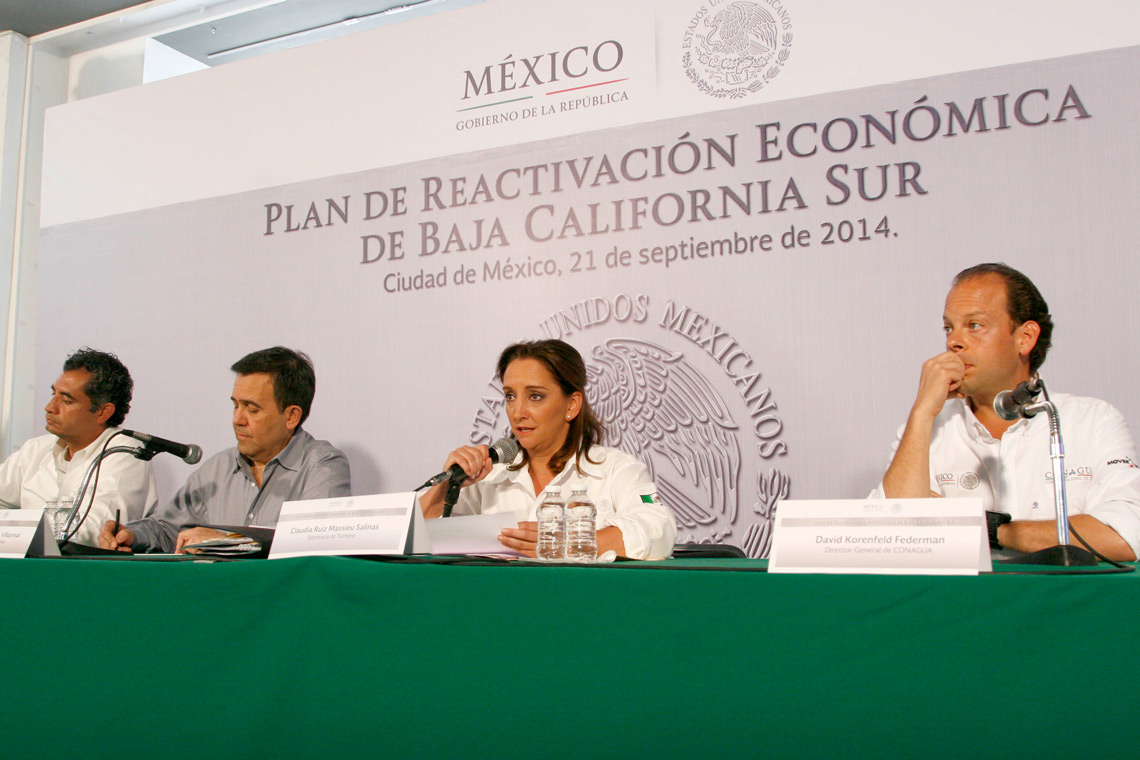 La Secretaria de Turismo, la Mtra.Claudia Ruiz Massieu, da a conocer el Plan de Reactivación Económica de Baja California Sur.