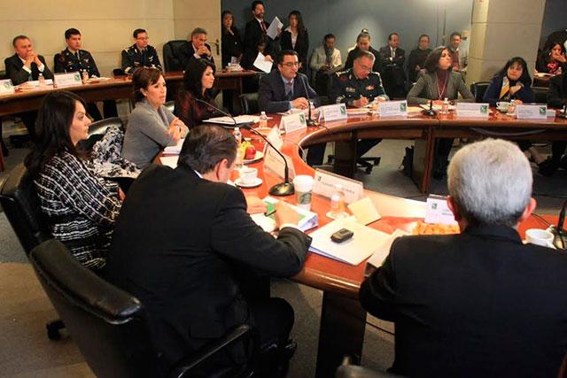 Quinta Sesión de la Comisión Intersecretarial y primera de 2014 es presidida por la secretaria de Desarrollo Social, Rosario Robles Berlanga