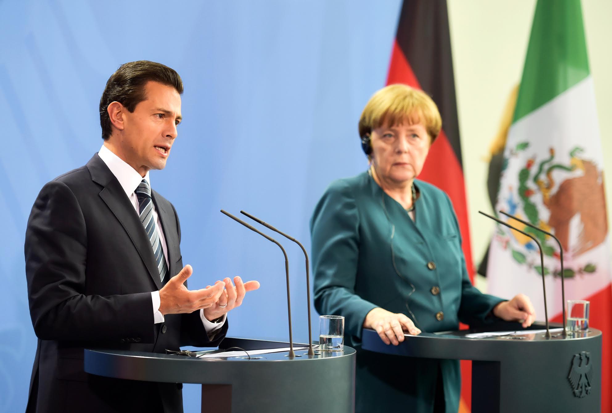 """""""Hoy Alemania se ha convertido en el país de la Unión Europea con mayor inversión en México; las empresas alemanas generan 120 mil empleos en nuestro país"""": EPN."""