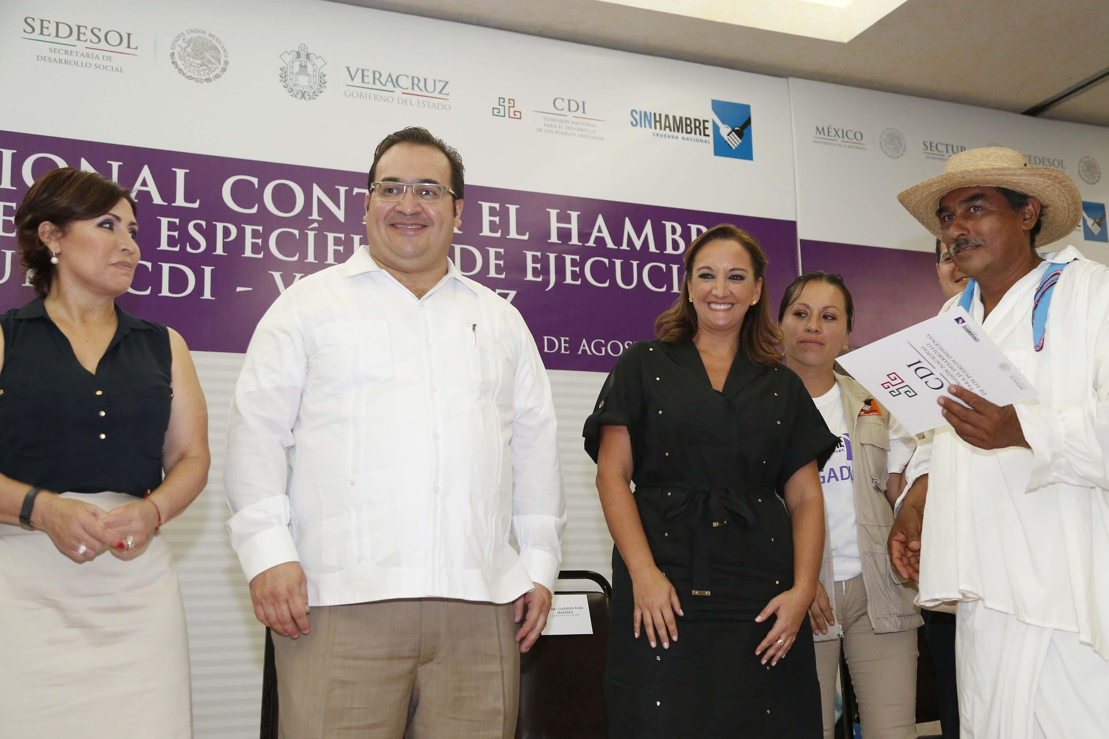 En el marco de la Cruzada Nacional contra el Hambre, la SECTUR y la CDI firmaron un Convenio Específico de Ejecución en Veracruz.