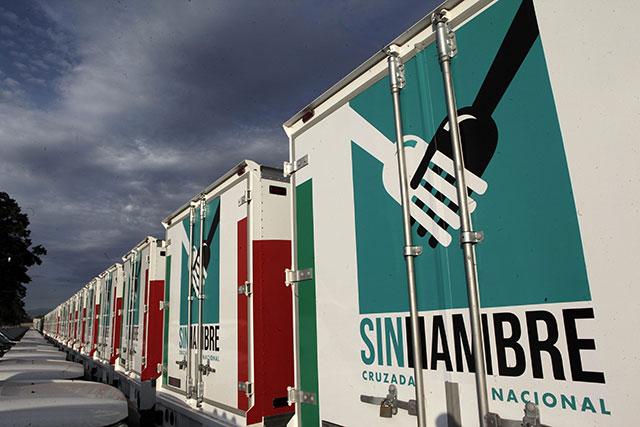 Sedesol pone a disposición tiendas móviles  equipadas con sistema de enfriamiento para ofrecer a la población  alimentos como huevo y lácteos.