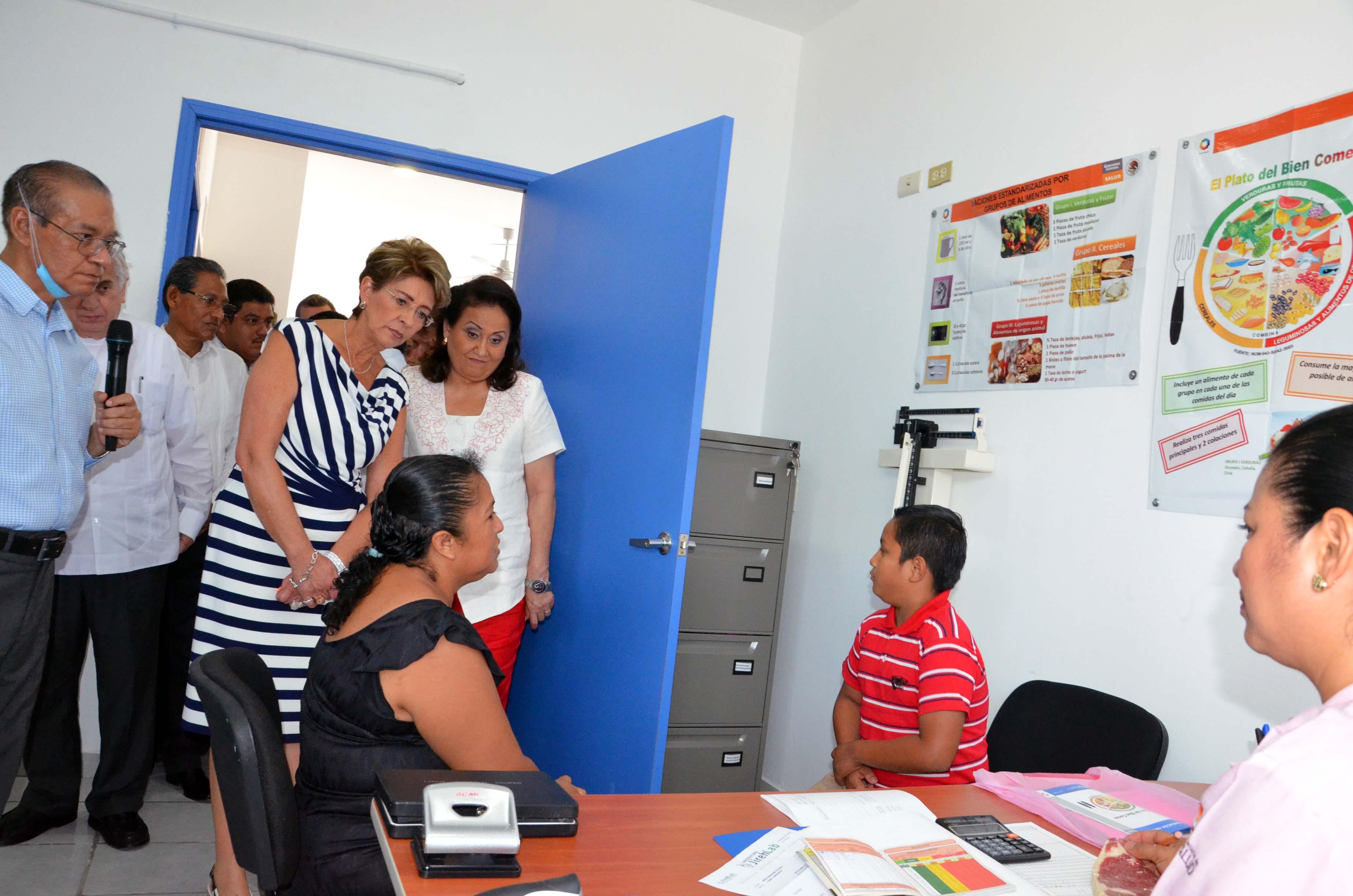 La Secretaria de Salud, Mercedes Juan, llevó a cabo gira de trabajo en Cárdenas, Tabasco.
