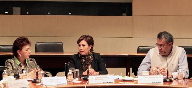 Debemos coordinarnos para potenciar los recursos sociales y continuar el avance hacia un gobierno accesible a las personas adultas mayores: RRB