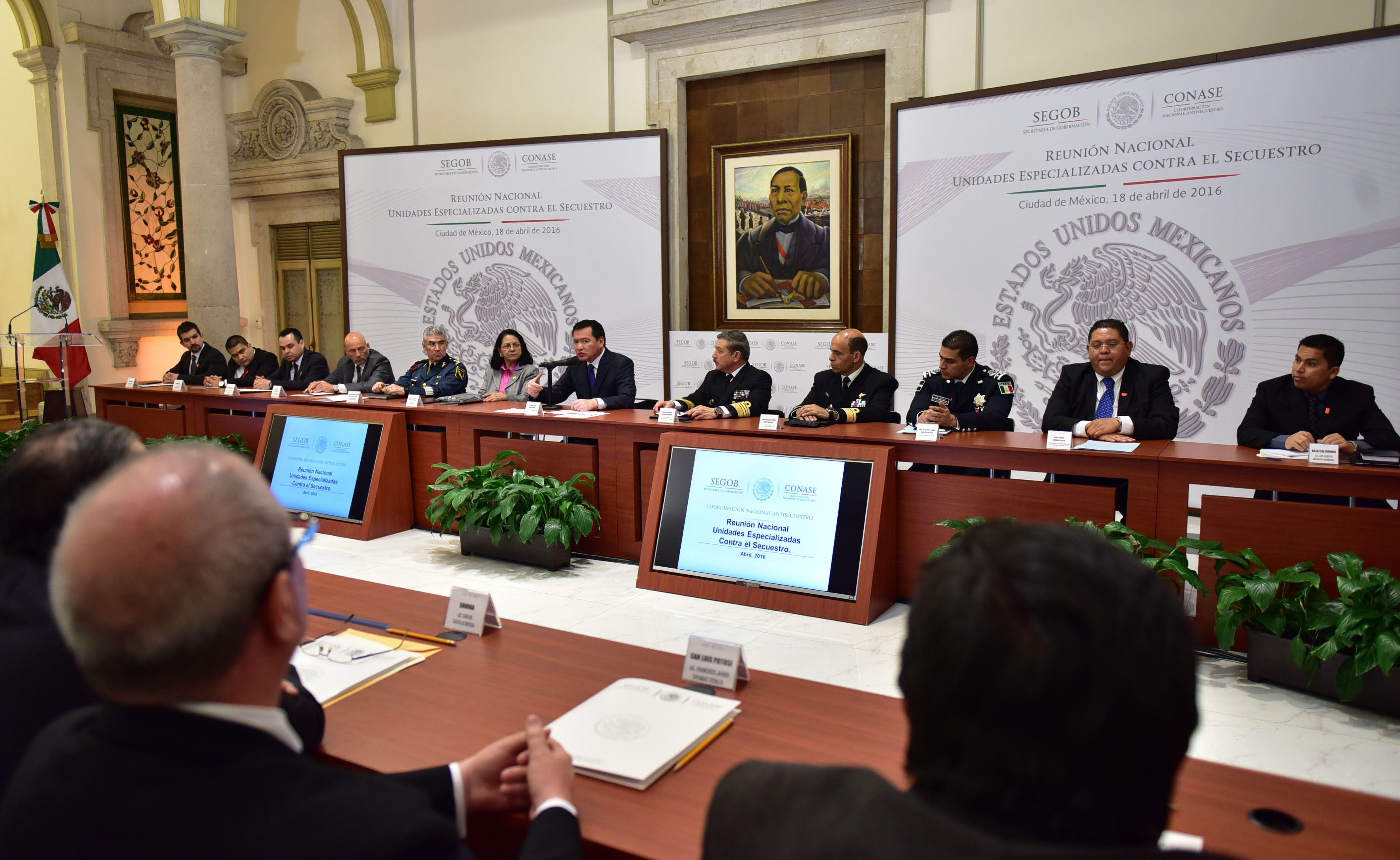 El Secretario de Gobernación, Miguel Ángel Osorio Chong, en reunión con las UECS de todo el país