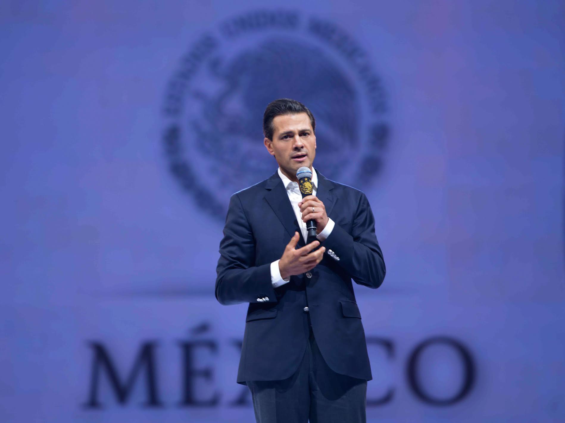 """""""Queremos que las oportunidades de conocer nuestro país crezcan y se amplíen; que más mexicanas y mexicanos lo puedan visitar, recorrer, conocer, y entonces poder proyectar este gran orgullo"""": EPN"""