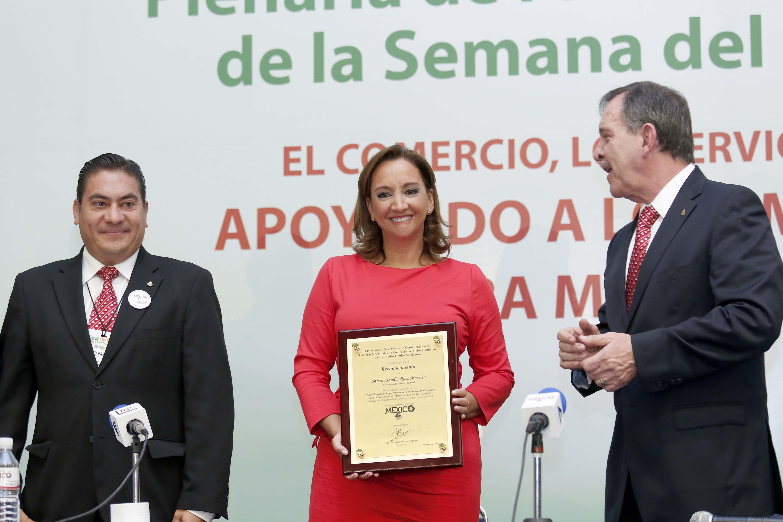 La Secretaria de Turismo, Claudia Ruiz Massieu, señaló que la adhesión de CONCANACO-SERVYTUR al Código de Conducta Nacional es muestra de la responsabilidad social y compromiso con México del órgano camaral.