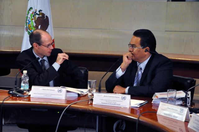 Elogia Oliver De Schutter, relator especial de la ONU, el Derecho a la Alimentación y el combate de México contra el hambre.