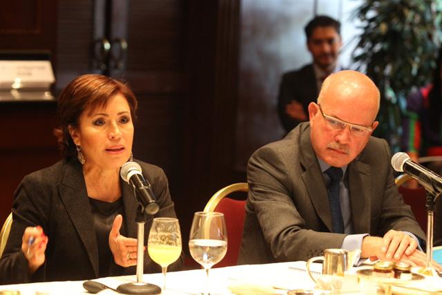 Rosario Robles Berlanga, se reune con integrantes del Consejo Ejecutivo de Empresas Globales (CEEG), para intercambiar puntos de vista sobre la política social, con un enfoque productivo, para enfrentar el problema de la pobreza en México.