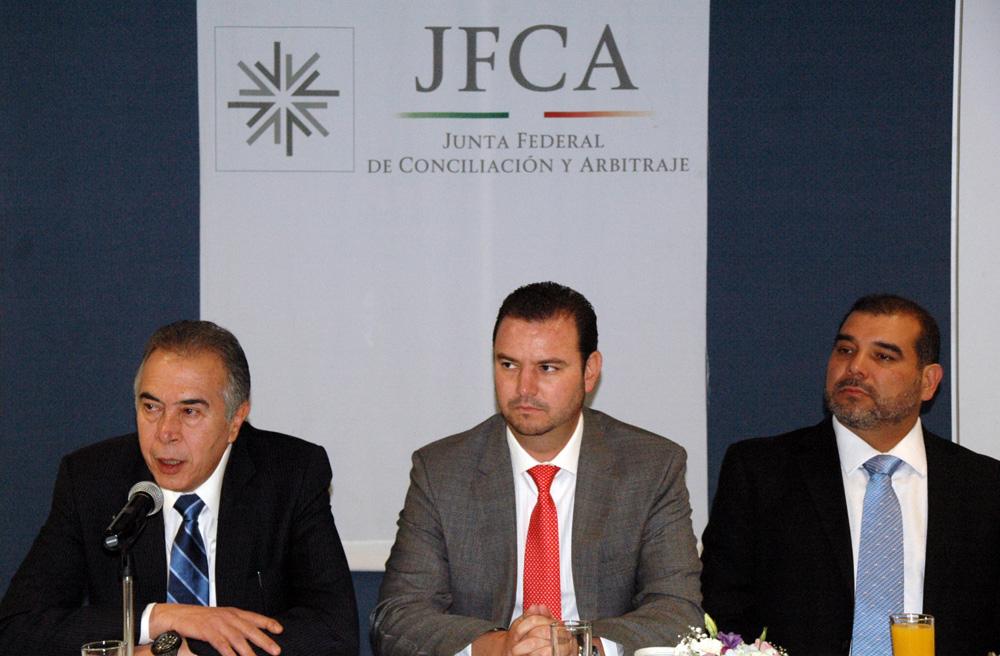 El Presidente de la Junta Federal de Conciliación y Arbitraje (JFCA), Jorge Alberto J. Zorrilla Rodríguez, se reunió con Presidentes de Juntas Especiales y Magistrados del Tribunal Federal de Conciliación y Arbitraje (TFCA).