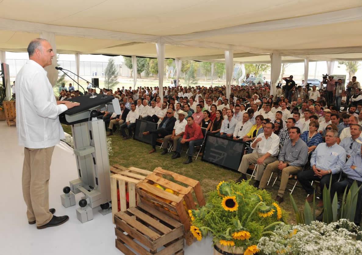 Arrancan trabajos de parque agroindustrial de hortalizas con una inversión de 250 MDD.