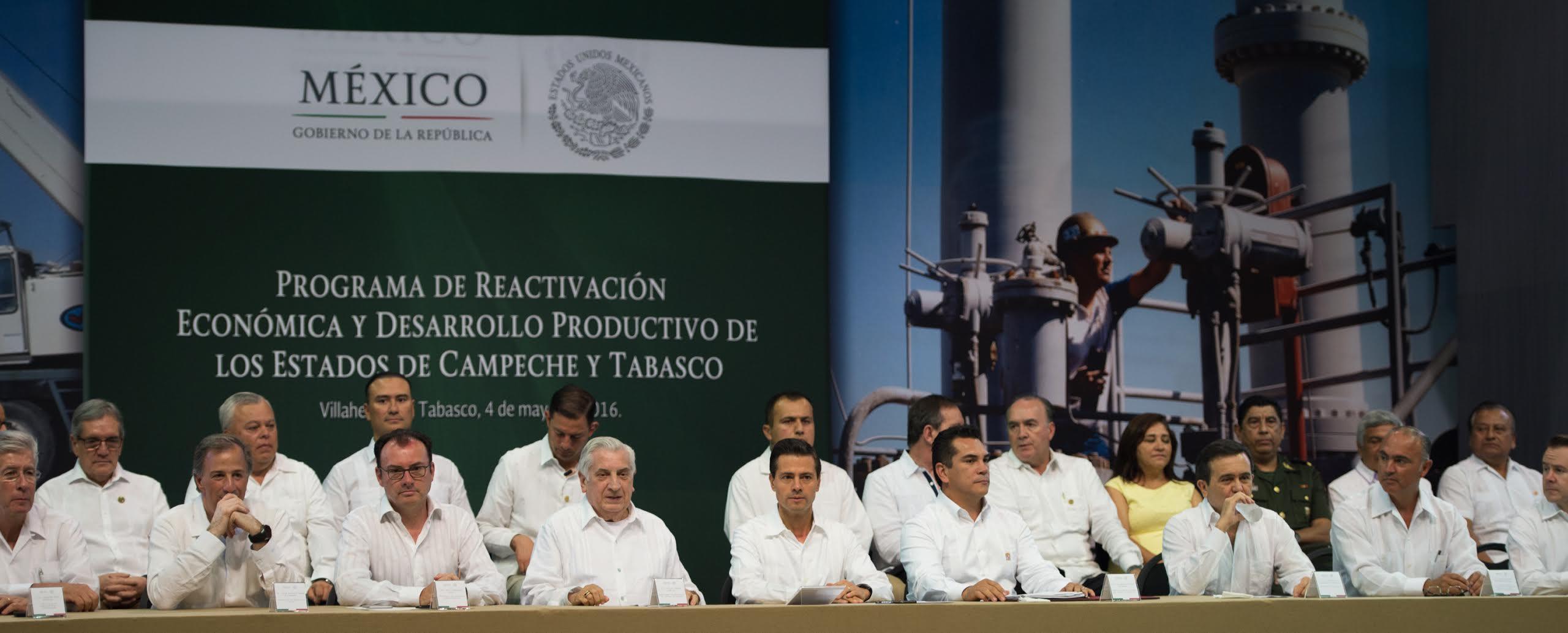 """""""Es un paquete de acciones estratégicas para incentivar, diversificar y despetrolizar la actividad económica de esta importante región del país"""": EPN"""