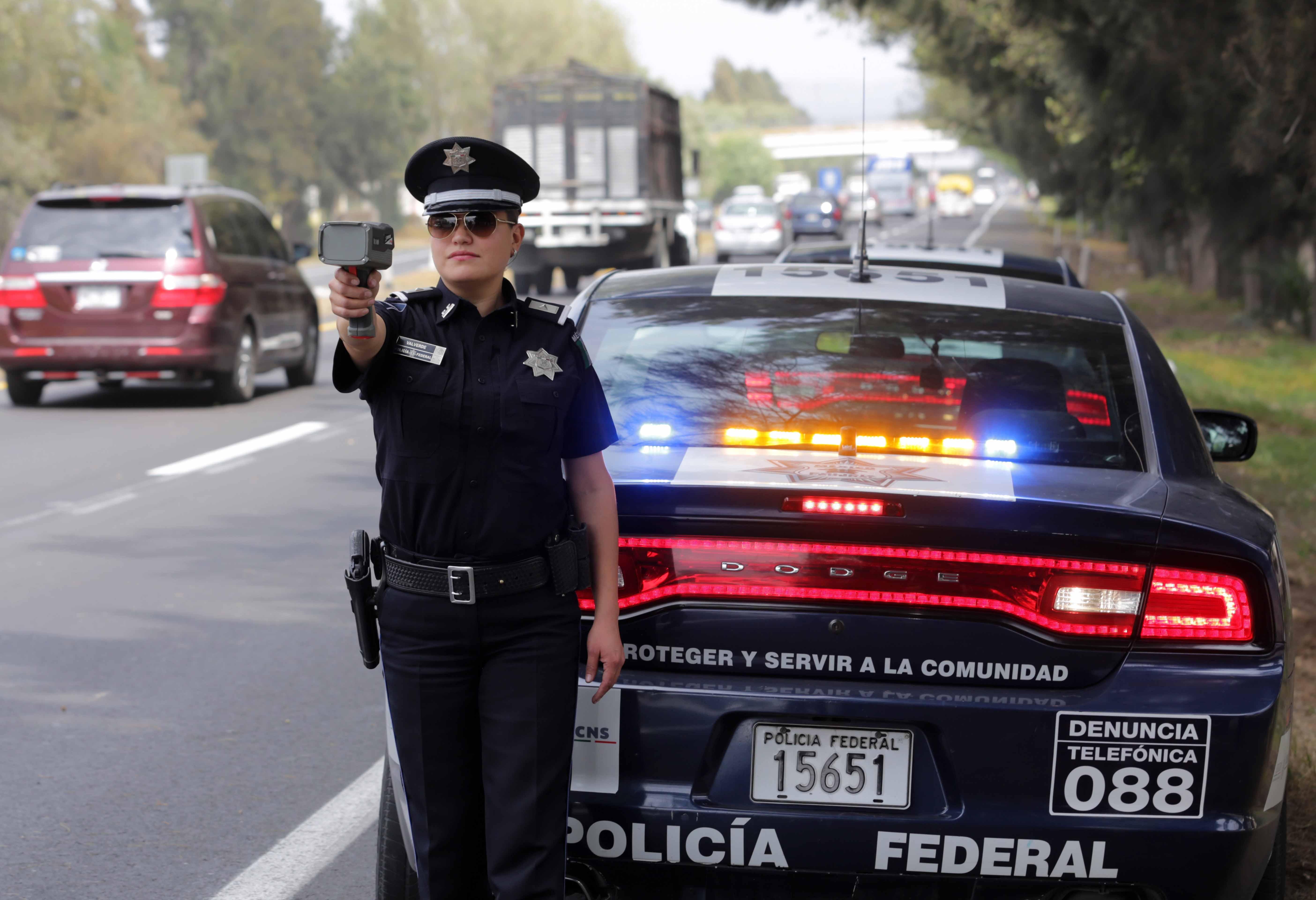 Fotos de patrullas de federal de caminos 19
