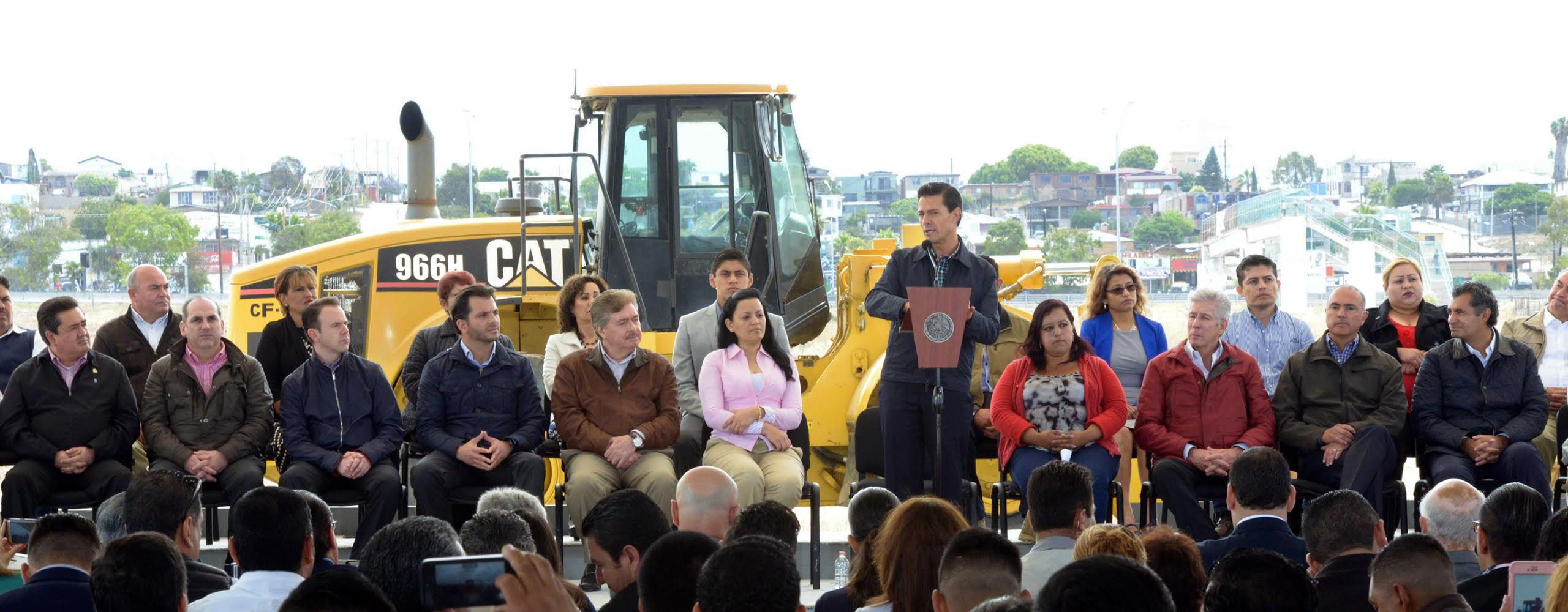 The president delivered road infrastructure works for the Rosarito-Tijuana-Tecate Metropolitan Area.