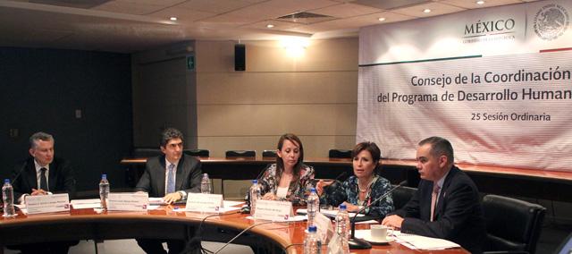 Encabeza Rosario Robles Berlanga la 25ª. Sesión Ordinaria del Consejo de la Coordinación Nacional del Programa de Desarrollo Humano Oportunidades