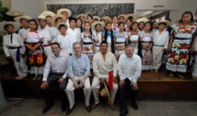 Consiste en desarrollar un proyecto cultural sin precedentes en todo el estado de Michoacán, como lo instruyó el Presidente Peña Nieto