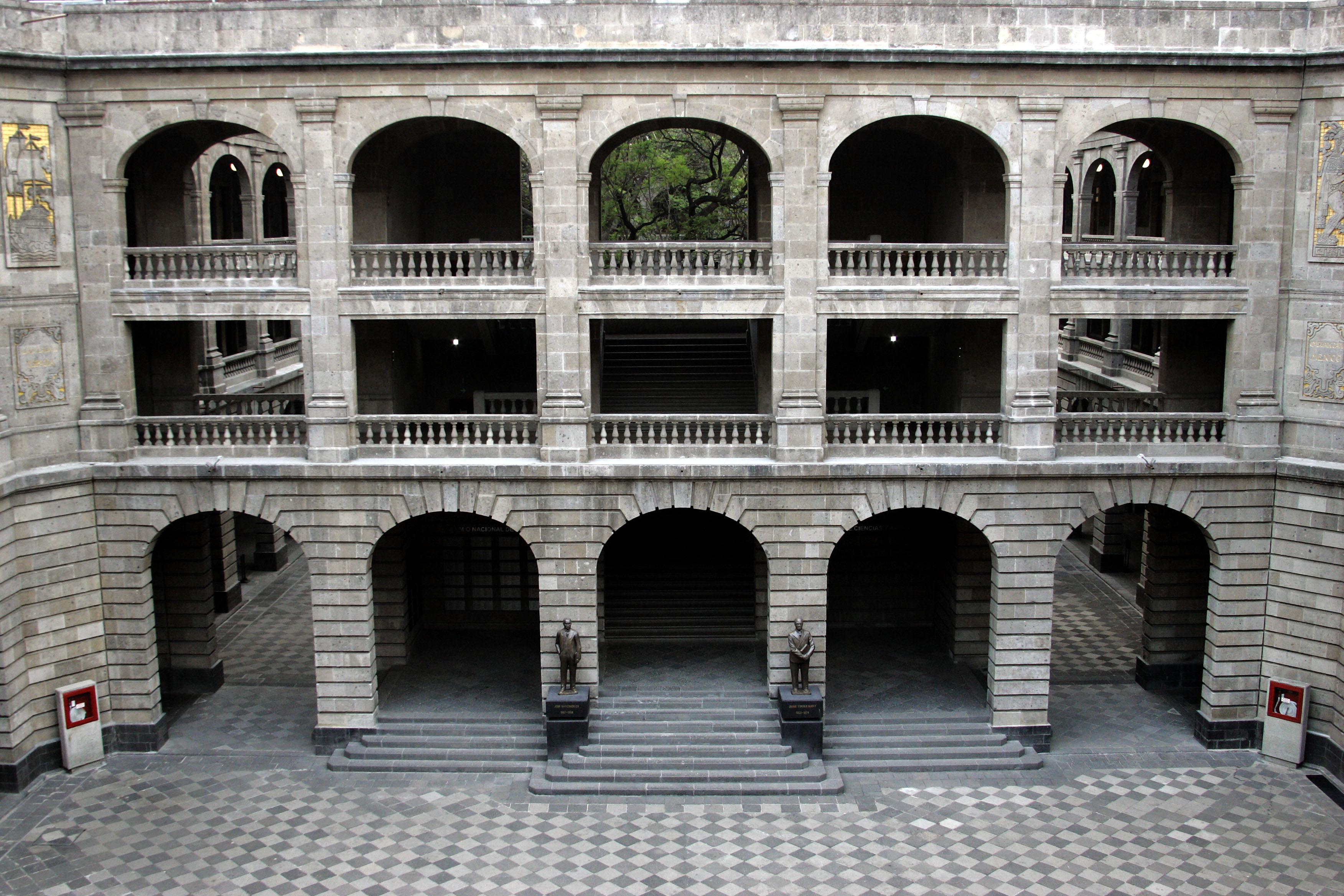 El Gobierno de la República cumple en tiempo la entrega de la remodelación integral de la Escuela Primaria España