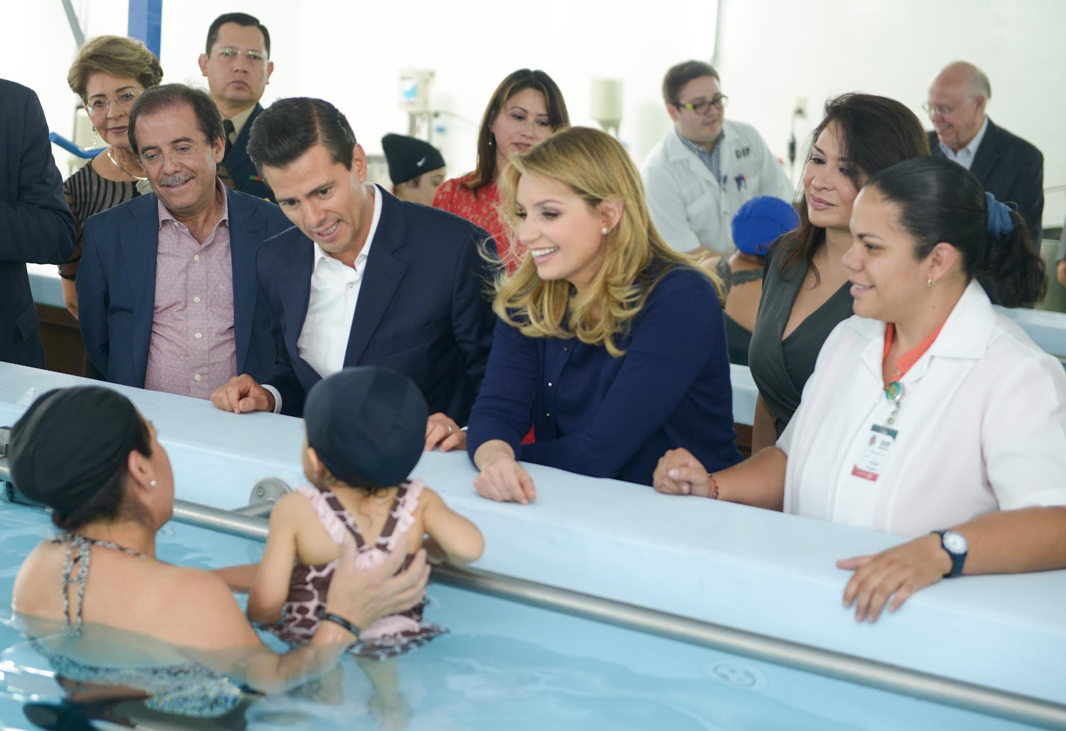 "President Peña Nieto thanked his wife because, ""It was she who insisted that the government could support the work of DIF in what we are inaugurating today."""