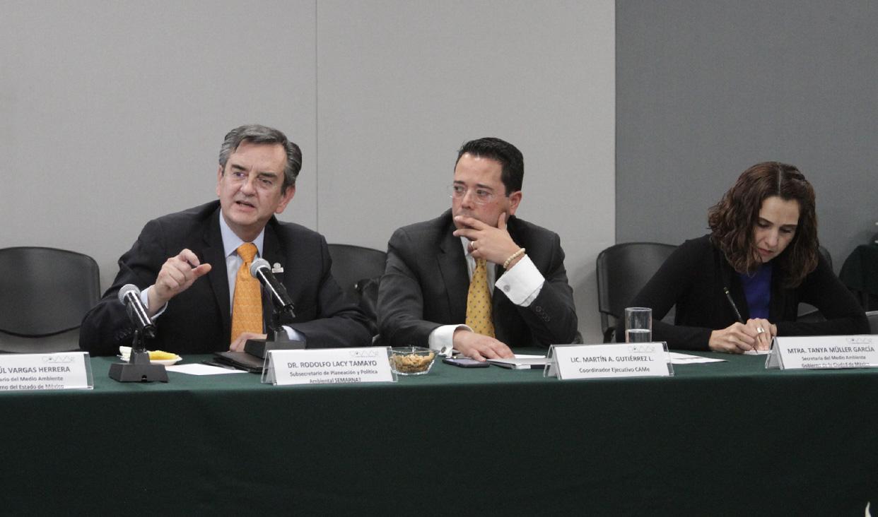 Reunión de integrantes de la CAMe y comité científico previa a la aprobación de la norma emergente de verificación vehicular.