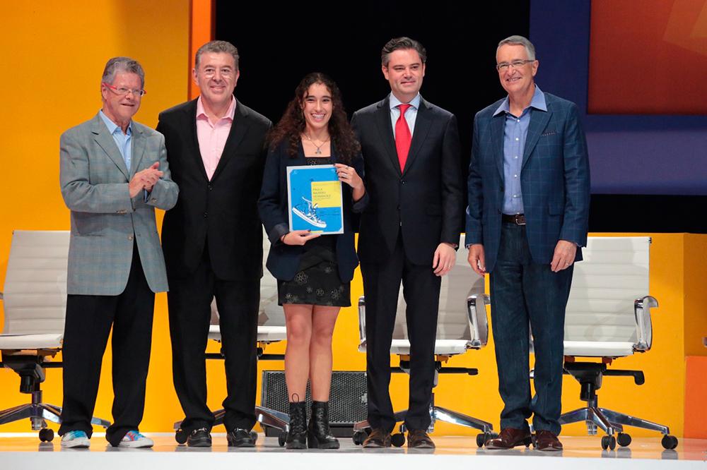 Participa en la premiación del séptimo concurso Caminos de la Libertad para Jóvenes