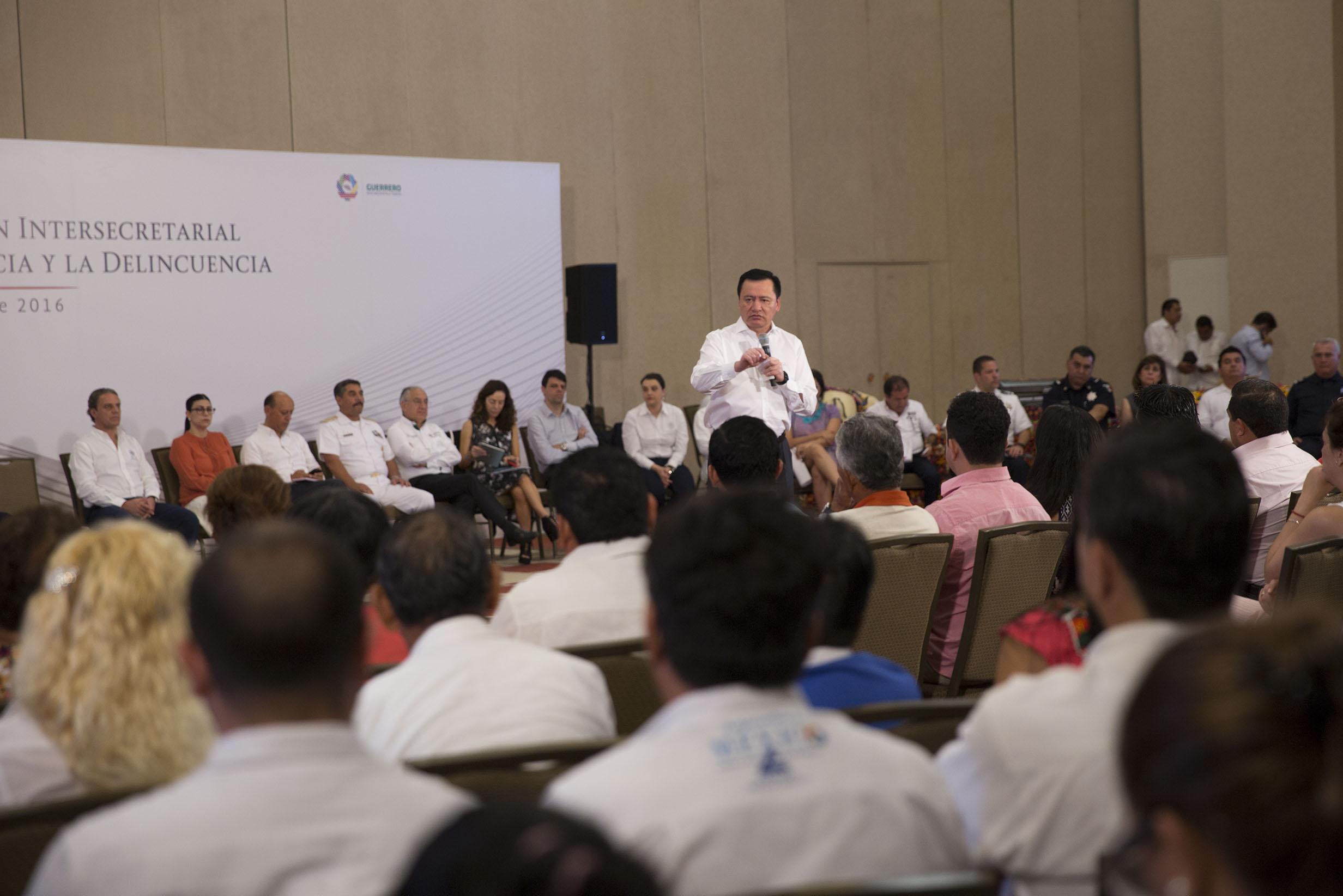 El Secretario de Gobernación, Miguel Ángel Osorio Chong, en la Sesión Extraordinaria de la Comisión Intersecretarial de Prevención Social de la Violencia y la Delincuencia