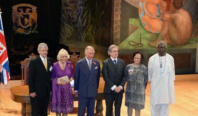 Visita El Principe Carlos De Gales Los Murales De Diego Rivera En