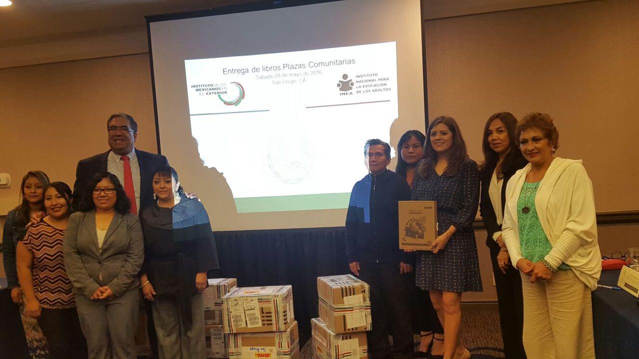INEA e IME entregan materiales educativos y se reúnen con coordinadores de Plazas Comunitarias en San Diego