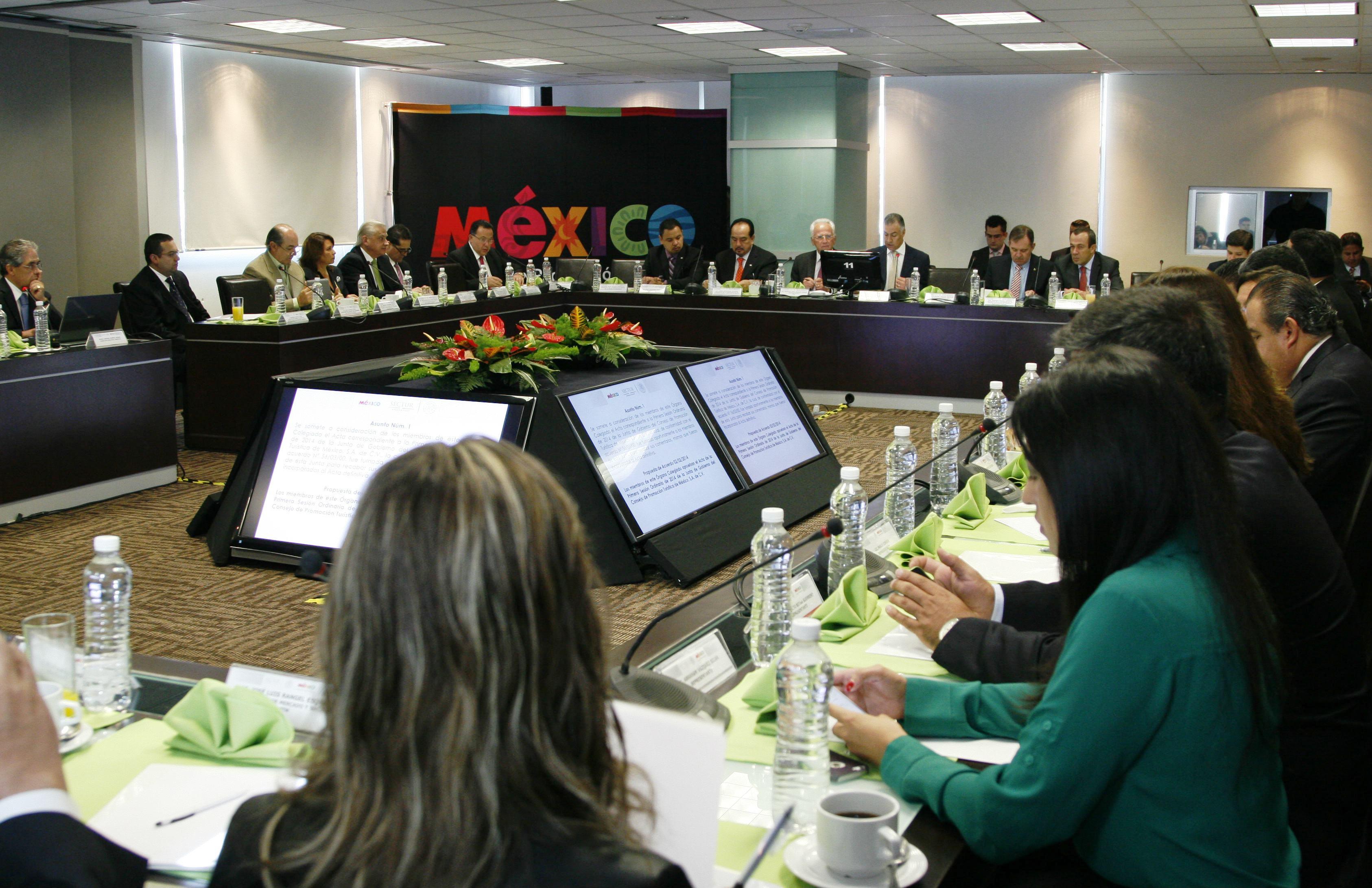 Segunda Sesión Ordinaria 2014 de la Junta de Gobierno del Consejo de Promoción Turística de México.