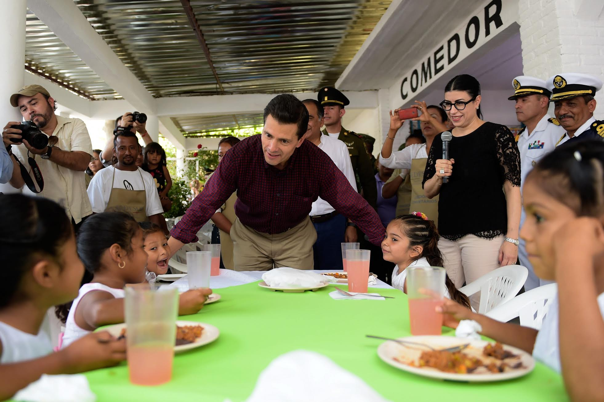 """""""We want to make soup kitchens a place to socialize and to bring culture, entertainment, recreation and entertainment to support families."""" EPN"""