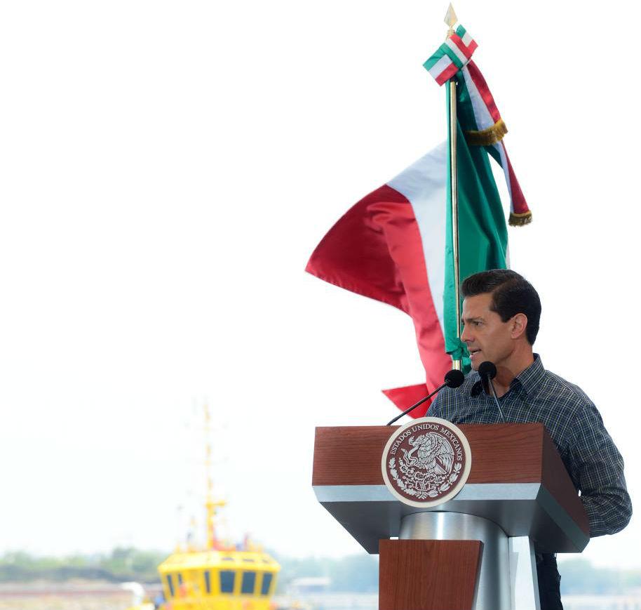"""""""Los mexicanos somos un mismo pueblo. No puede haber dos Méxicos. Las oportunidades de desarrollo, prosperidad y bienestar deben estar al alcance de todas y todos los mexicanos, sin importar la región donde vivan"""": EPN"""