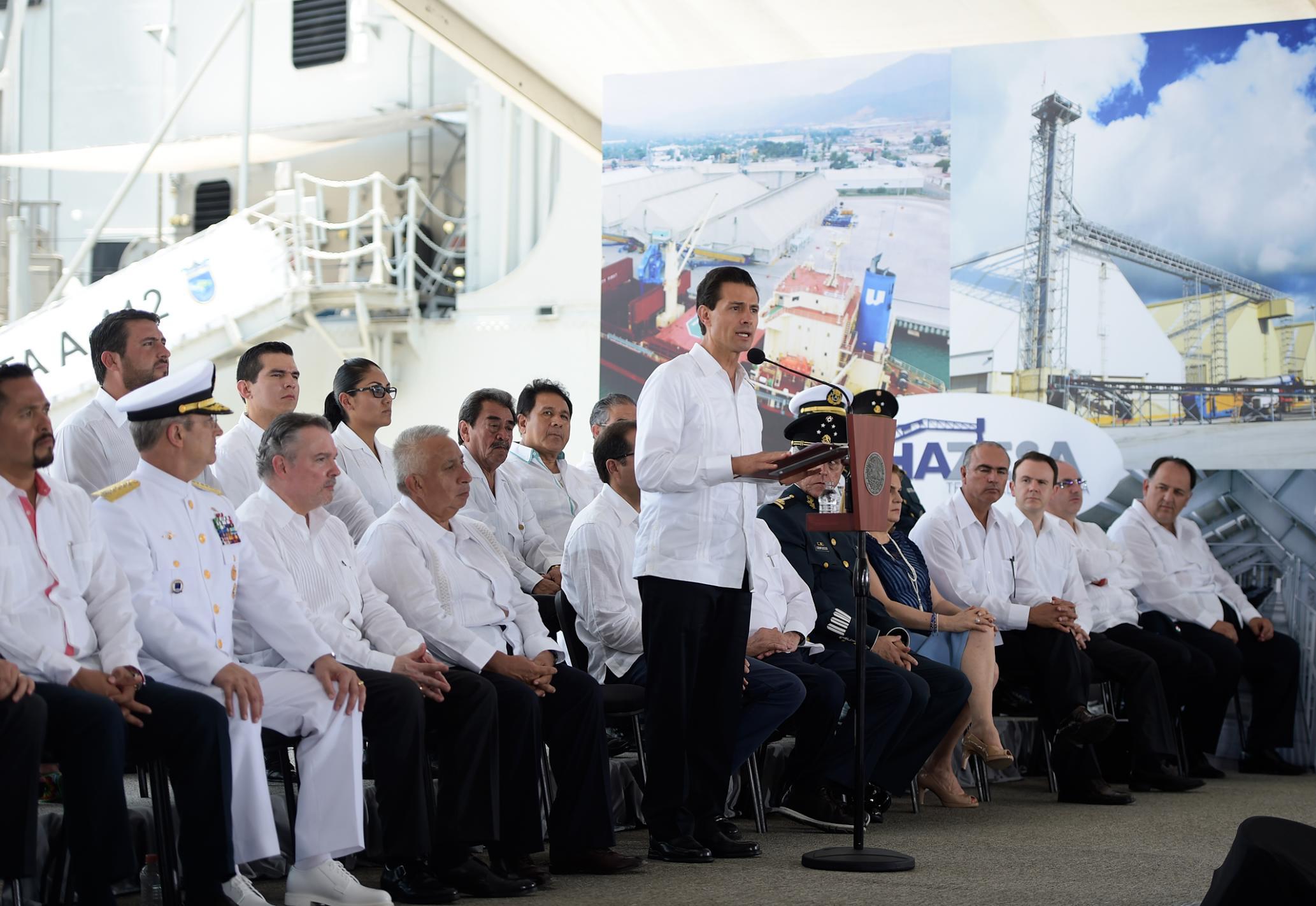 La posición de Manzanillo es estratégica para aprovechar el comercio internacional, especialmente el que se está detonando con el Acuerdo Transpacífico de Cooperación Económica (TPP).