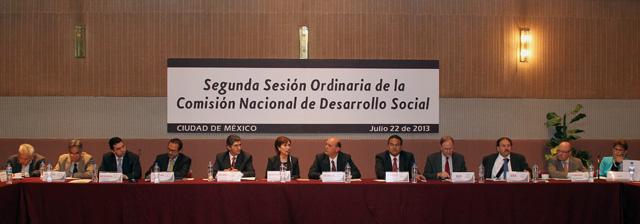 Encabeza Rosario Robles la Segunda Reunión Ordinaria de la Comisión Nacional de Desarrollo Social