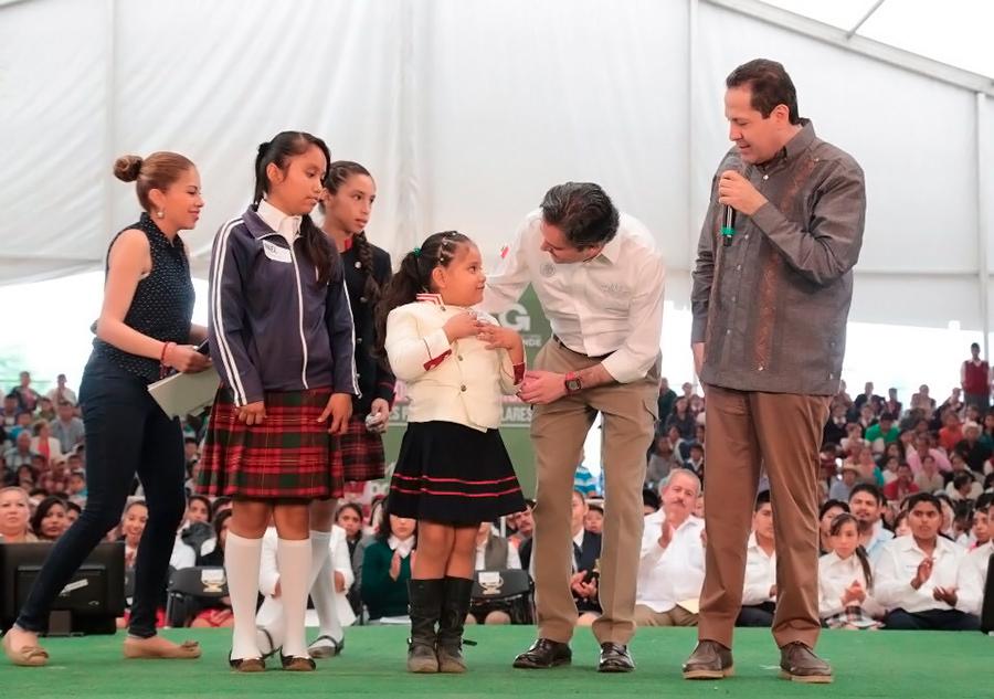 No se permitirán actos que busquen intimidar o lastimar a los maestros