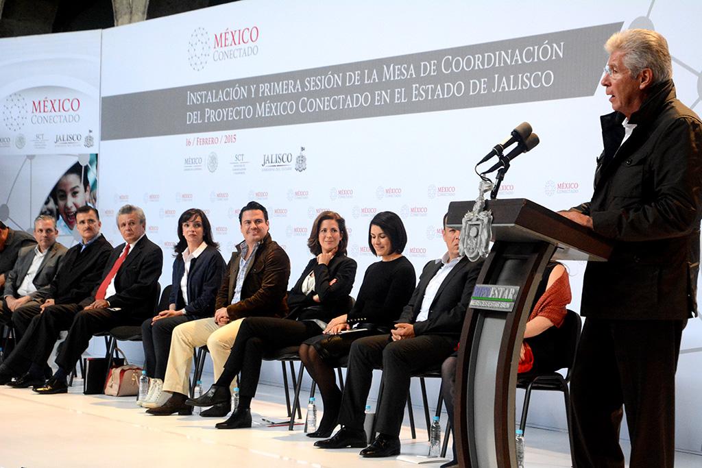 Este año México Conectado llevará internet a 100 mil sitios públicos