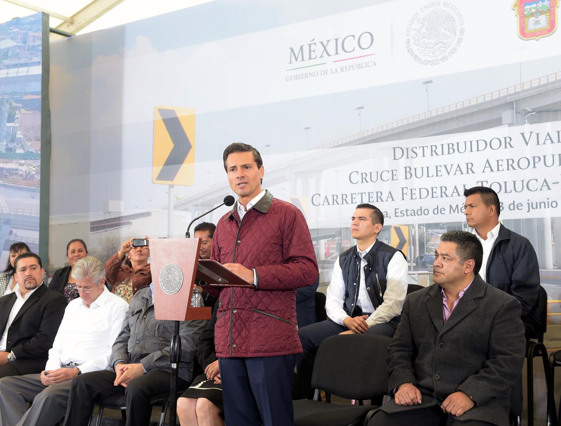 La meta trazada para esta Administración es construir 52 nuevas autopistas, con una extensión de más de 3 mil kilómetros.