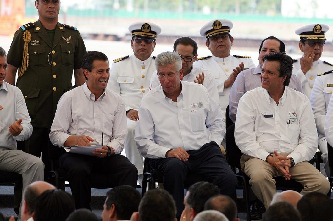 En los puertos de Manzanillo, Lázaro Cárdenas, Veracruz y Altamira, se reciben y embarcan el 95% de los contenedores que se manejan en nuestro país.