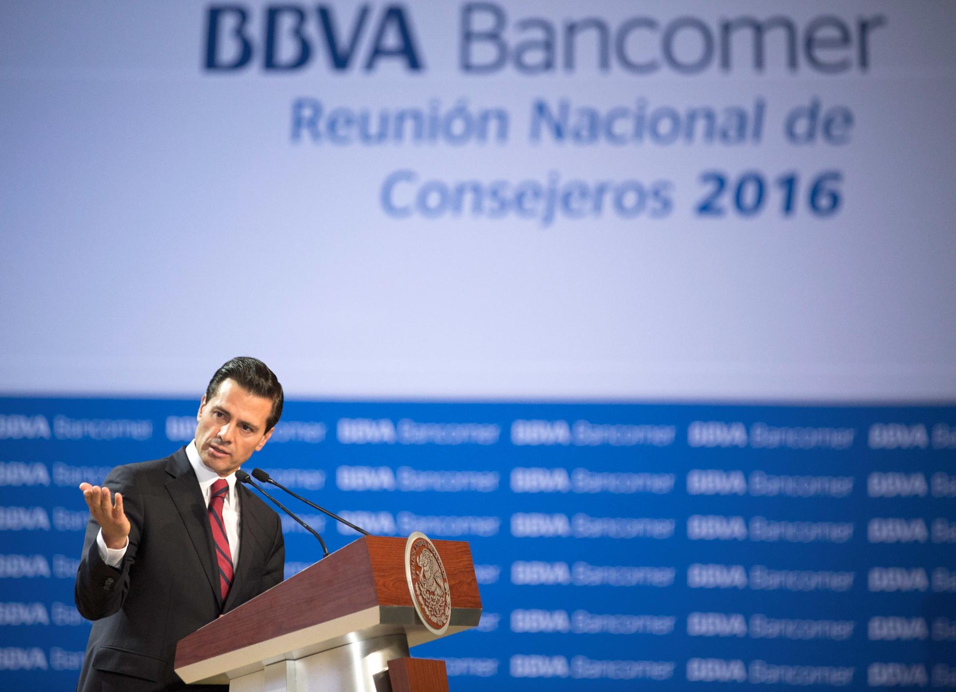El Primer Mandatario explicó que el Gobierno de la República trabaja en diversos rubros para construir un México Próspero.
